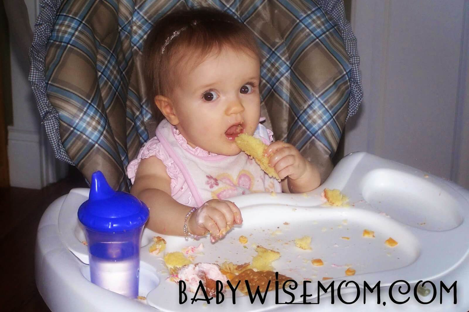 How to wean a baby from breastfeeding. Week by week process for gentle weaning.