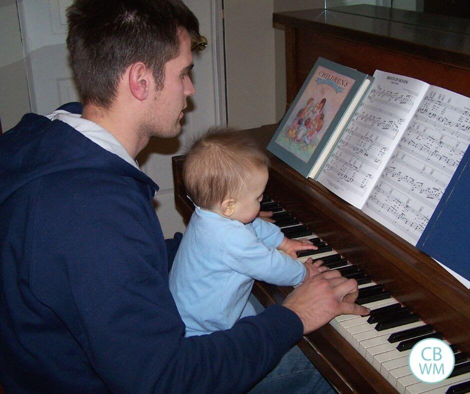 8 month old Brayden playing the piano