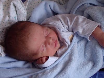 My sleep hierarchy for newborns. How to prioritize and balance sleep goals and sleep training for your newborn. Newborn sleep tips.