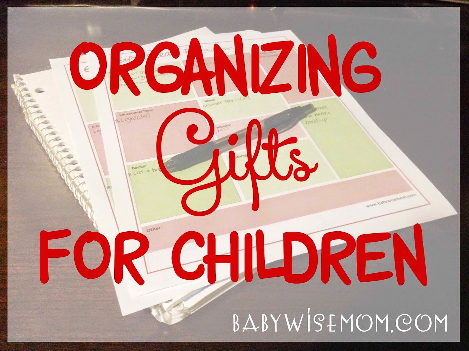 How to organize gifts for Christmas