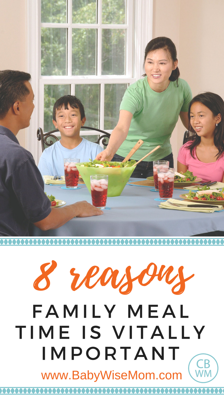 8 Reasons Family Meals are Vitally Important | #mealtime | family dinner