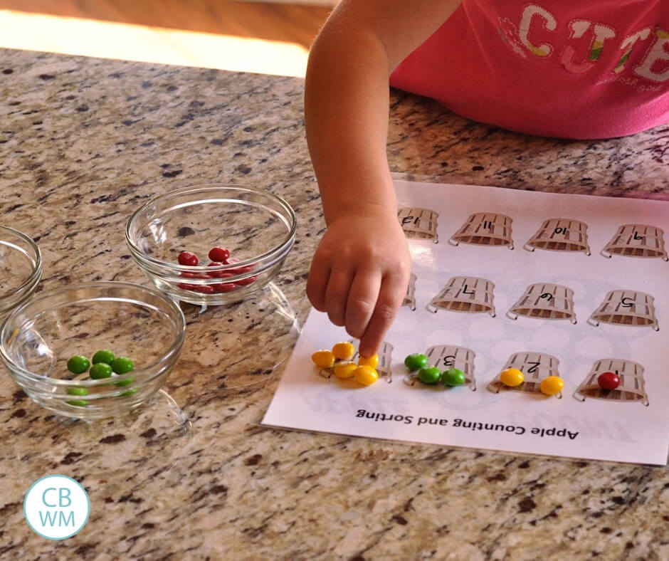 Fall Learning Activities Your Kids Will Love. Five quick and simple activities to do with your children this fall.