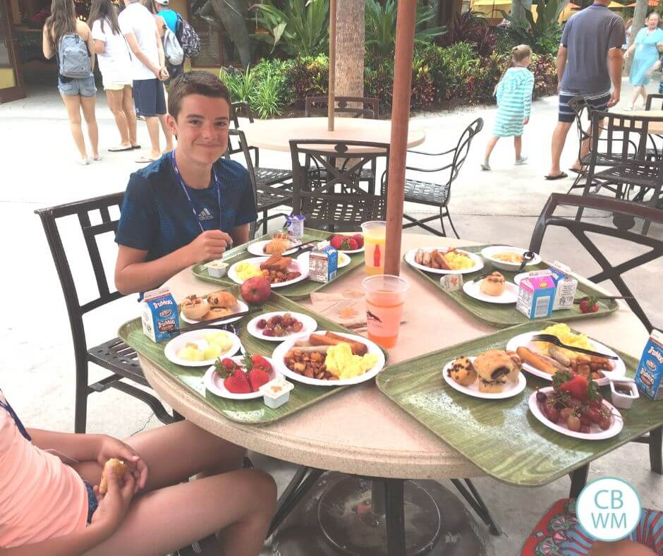 Dining at Discovery Cove